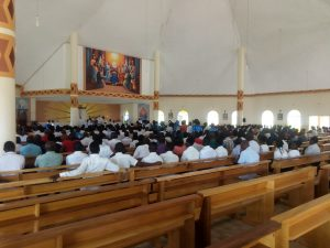 Bishop Mtumbuka announcing the formation of the Youth to Youth Dancing Missionaries during Mass