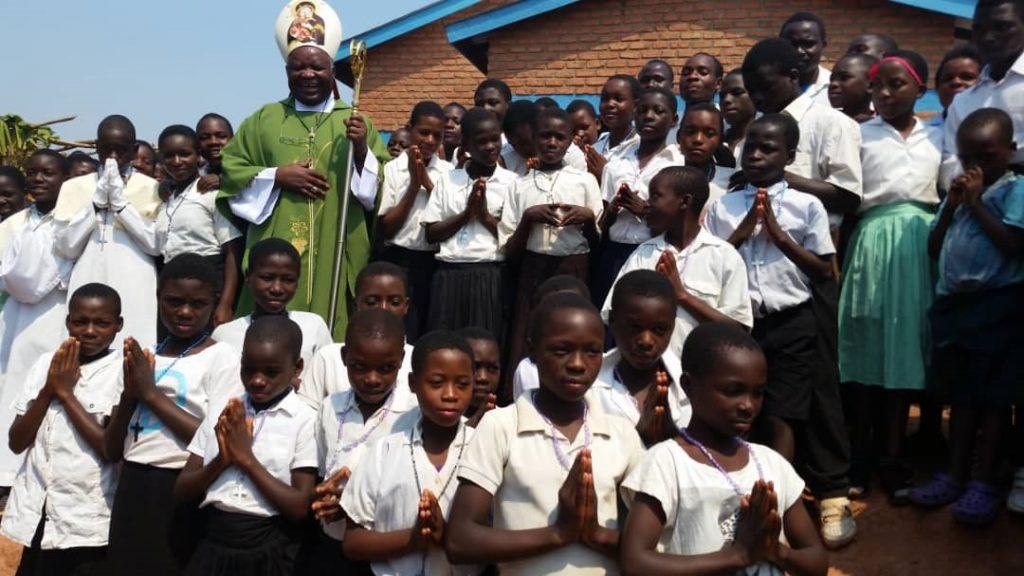 The Bishop with Sunday school children at Makeye