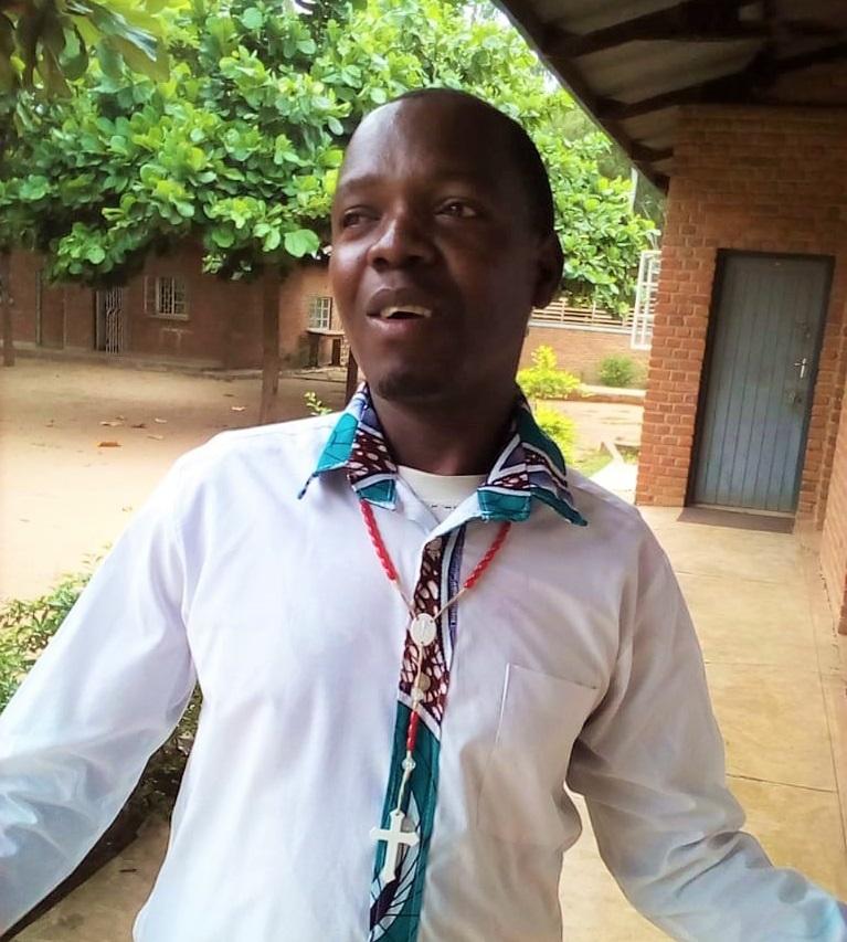 Dedication to Church Activities Earns Richard a Scholarship