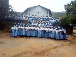 """""""Put God First,"""" Women Urged"""